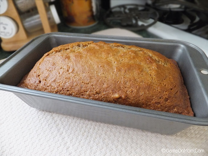 Dessert Recipe: Applesauce Nut Bread   Love2EncourageYou
