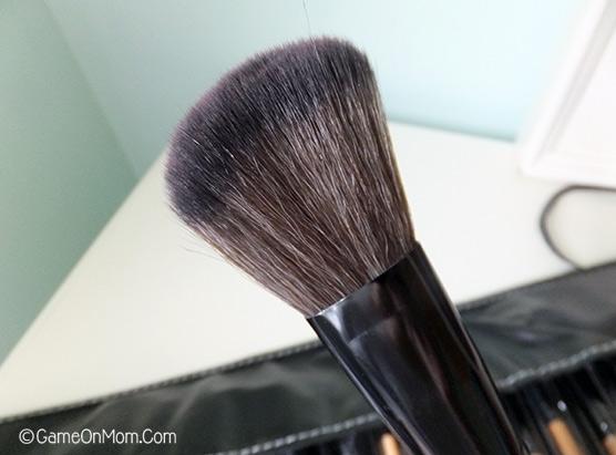 Ellore Femme Brush