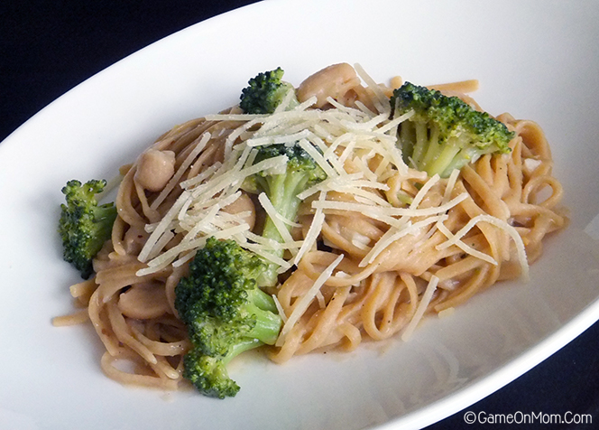 Linguine with Cannellini Beans and Broccoli