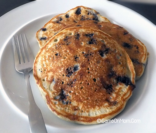 Blueberry Buttermilk Pancakes with Frozen Blueberries