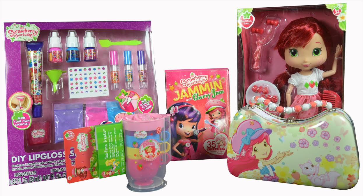 Strawberry Shortcake Unboxing Giveaway