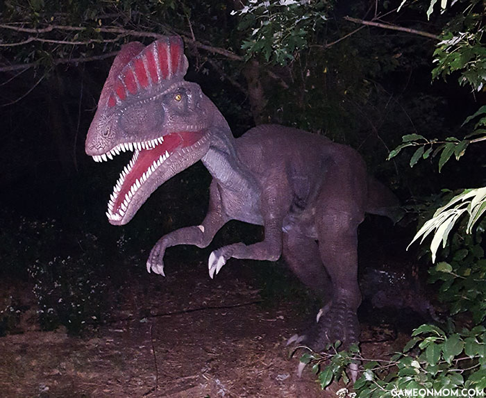 Field Station: Dinosaurs - Dinosaurs After Dark - Dilophosaurus