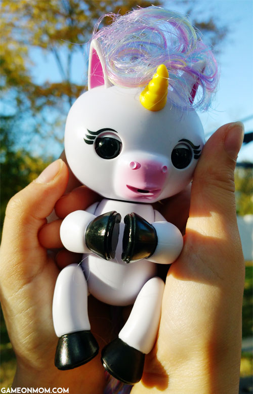 Fingerlings Baby Unicorn Gigi