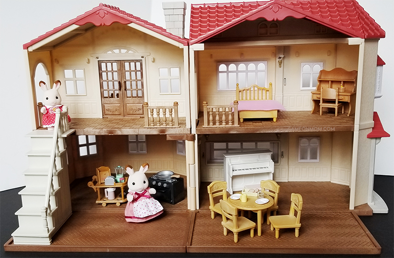 4b3109ad9dac Calico Critters Red Roof Country Home Gift Set Review   Giveaway ...