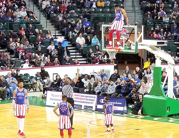 Harlem Globetrotters Tricks